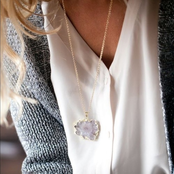 Free People Jewelry - Geode Necklace